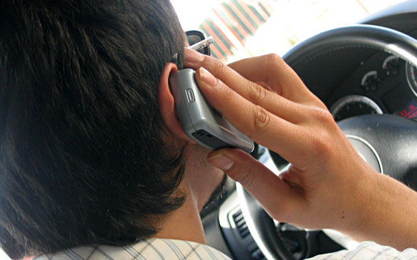 man-on-the-phone-driving